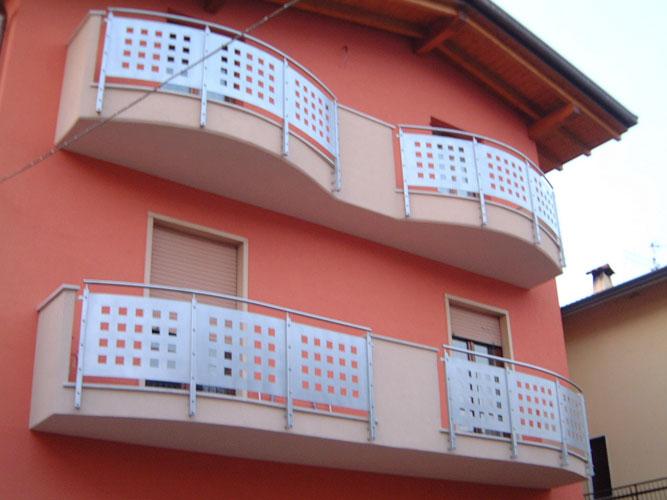 Costruzioni Metalliche Grassi Di Grassi Cristiano Balconi Moderni